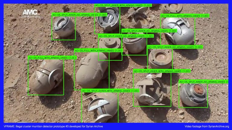 Die Staatliche Hochschule für Gestaltung Karlsruhe druckt 3D-Modelle illegaler Munition, um neuronale Netze auszubilden und illegale Waffen im Syrienkrieg zu entdecken.